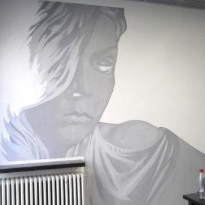 seinämaalaus, kampaamo